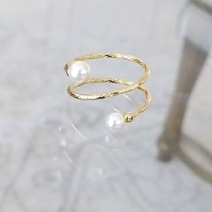 Gold-plated faux pearl wrap ring